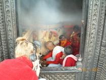 Vuurritueel in Nepal